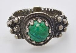 Vintage Beaded Sterling Ring with Malachite