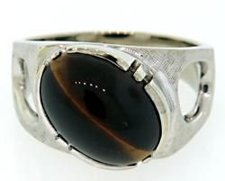 Very Attractive Gents Tigers Eye Ring