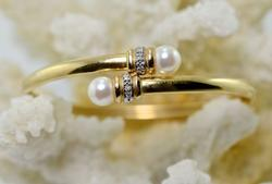 Flexible 14K Bangle with Pearls