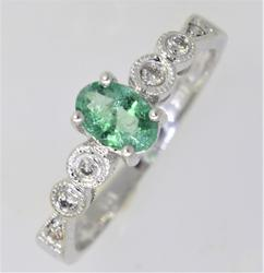Excellent Natural Emerald Ring
