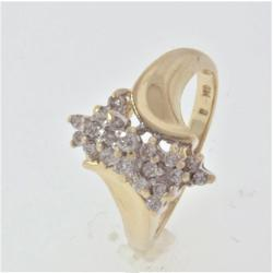 Bold 0.25 CTW Diamond Cluster Ring, In Gold
