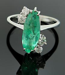 Tempting Vintage Marquise Emerald Ring w/Diamonds, 18K