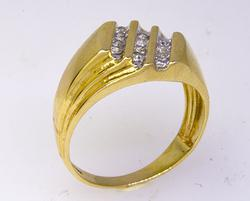 Mens .25 CTW Diamond Ring in Gold