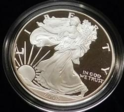 2005 PROOF Silver Eagle - Mint box & documentation