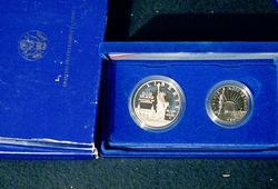 1986 Liberty Commem 2 Coin Proof Sets
