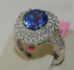 Impressive 5+ctw Sapphire & Diamond Ring in 18kt Gold