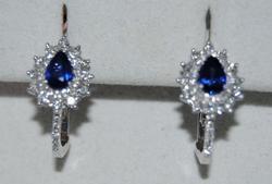 Charming Ladies 18kt Gold Sapphire & Diamond Earrings