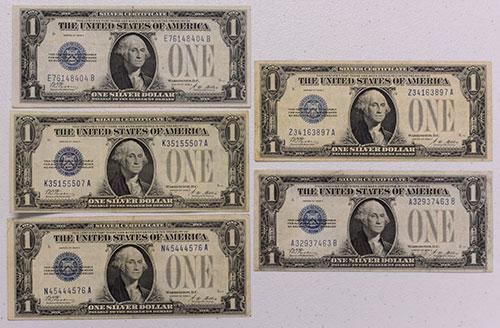 Group of 5 1928 A $1 Silver Certs, Various nicer