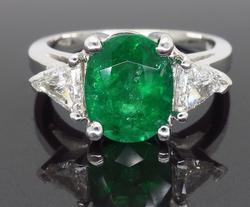 Most Stunning 18kt Emerald & Diamond Cocktail Ring!
