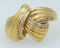 14K Ribbon Ring with Diamonds