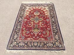 Rare Design Part Silk Royal Persian Isfahan, Silk on Silk Foundation