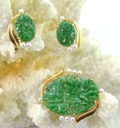 Beautiful Carved Jade & Pearl 14K Brooch & Earrings Set