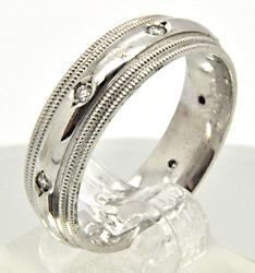 MEN'S 14 KT WHITE GOLD COMFORT FIT DIAMOND RING/BAND