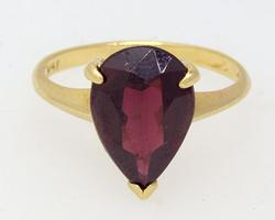 Vintage Pear Shape Garnet Ring