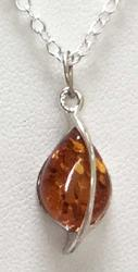 Lovely 'Baltic Amber' and 'Sterling' Pendant Necklace
