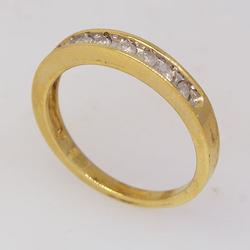 Vintage Diamond Band in Gold