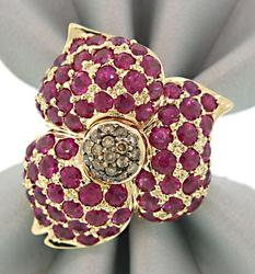 Enchanting Ruby & Diamond Flower Ring