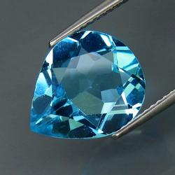 Gorgeous Swiss blue 6.22ct Brazilian Topaz