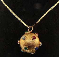 18kt Yellow Gold Pendant with Multiple Gems Necklace