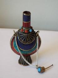 Extraordinary Tibetan Gemstone Snuff Bottle - Medicinal Herbs