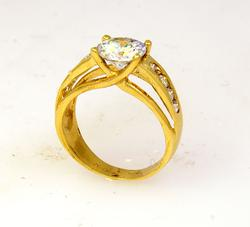High-Quality CZ Ring in Gold, Size 7