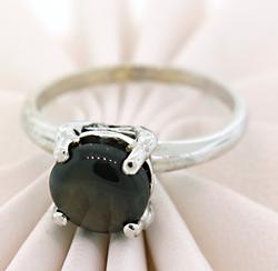 Classic with Twist: Black Star Sapphire Solitaire Ring