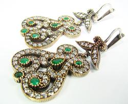 Spectacular Antique Design Beautiful Gems 925 SS Earrings