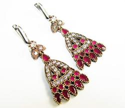 Appealing Antique Design Beautiful Gems 925 SS Earrings