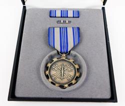 U.S. Air Force Meritorious Achievement Medal Set w/Case