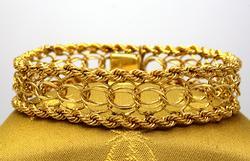 14K Gold Ladies Charm Bracelet, 7.5in