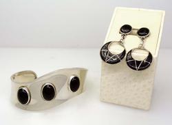 Matching Onyx Cuff & Onyx Dangle Earrings