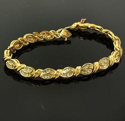 2 CTW Diamond Knot Link Bracelet in Gold