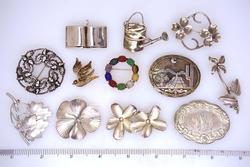 Lot of Twelve Sterling Pins, Mult-Gem, Floral, Etc