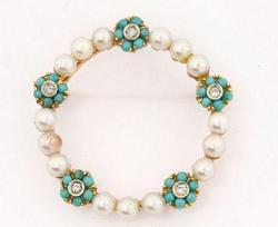 Stunning Turquoise Pearl & Diamond Pin in 18kt