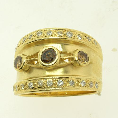 Wide Fancy Brown and White Diamond Band