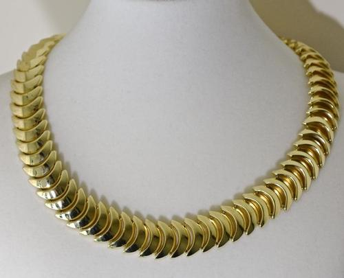 Gorgeous 14K Crescent Shaped Link 16 Inch Necklace