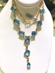 14kt Gold Blue Topaz Necklace with a BIG Look!