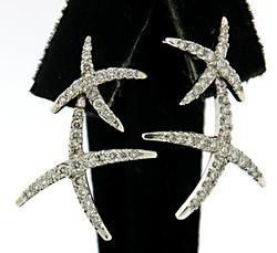 Gorgoues Diamond Double X Earrings