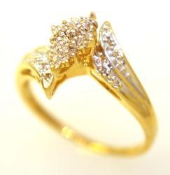 Multi-Diamond Ring in Gold, Size 9.5