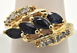 LADIES 14 KT YELLOW GOLD SAPPHIRE AND DIAMOND RING.