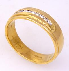 Men's Diamond Band in Gold, Size 9.75