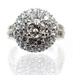 Impressive High End 18K Diamond Cluster Ring