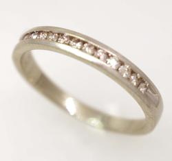 Diamond Band in White Gold, Size 8
