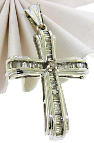 18KT Baguette Diamond Cross Pendant