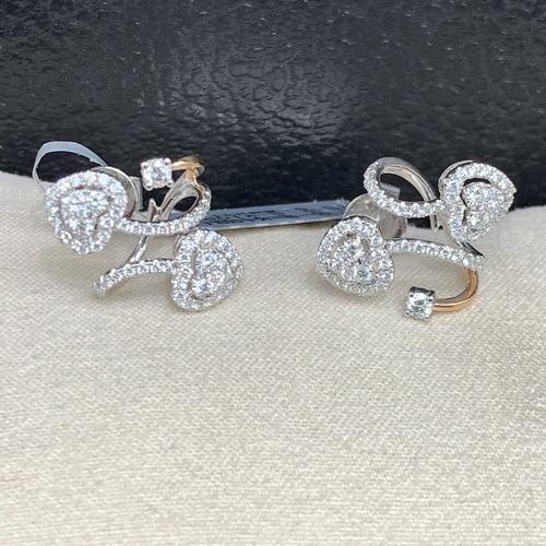 Stunning 18kt Gold Diamond Heart Earrings