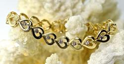 Fashionable 14K Heart Link Bracelet
