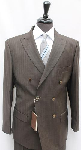Phenomenal double breasted stripe suit, made in Italy