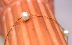 Pearl Station Bracelet in Gold, 7.5in