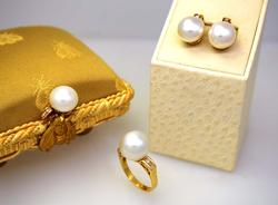 Set of Large Pearl Earrings, Ring, & Pendant w/Diamonds in Gold