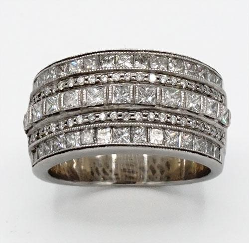 14kt Gold 2 CTW Diamond Band Ring